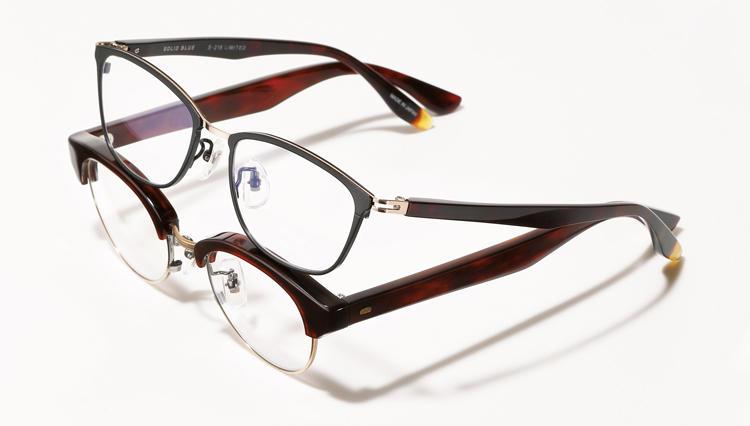 クラシックスタイルに馴染む希少メガネ、ソリッドブルーの限定鼈甲モデル【名作予報】