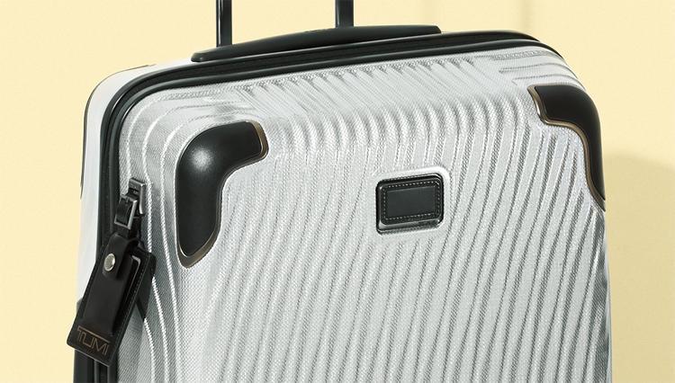 通勤鞄だけじゃない、トゥミの新作トロリーも超優秀! 【名作予報】