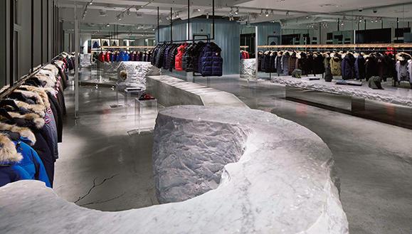 【カナダグース】日本初の旗艦店、誕生! 極寒のフィッティングルームを体感せよ!