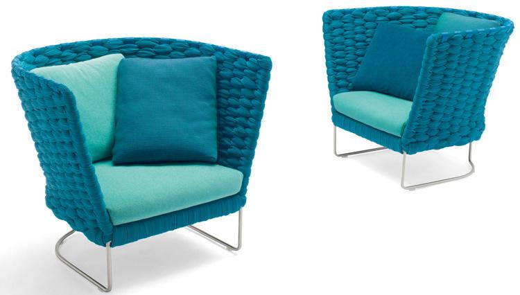アウトドア用の新素材ソファがあれば、庭やテラスでリゾート気分に!