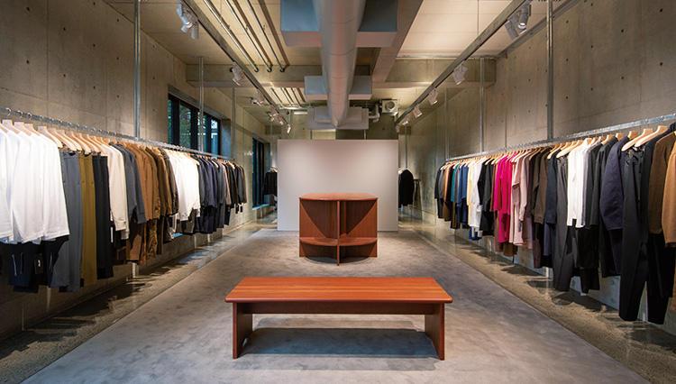 注目の日本ブランド「エイトン」初の直営店が表参道にオープン【ひと言ニュース】
