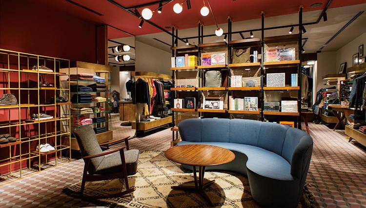 「スローウエア ベネツィア」初の路面店が東京・丸の内にオープン【ひと言ニュース】