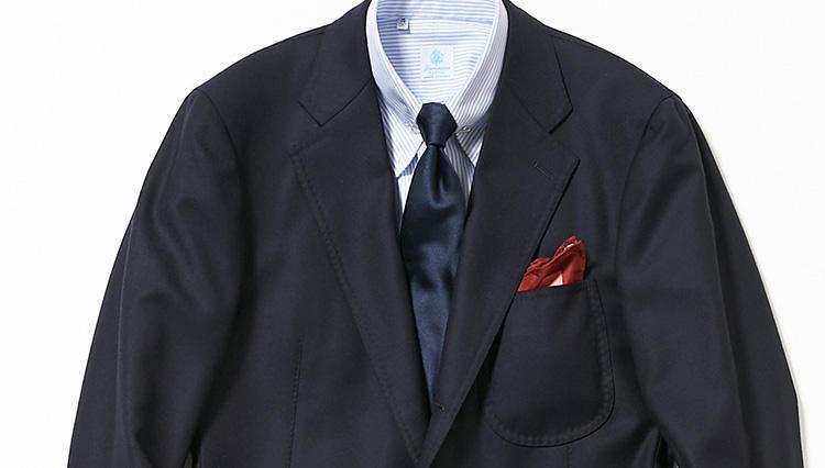 いつもの紺無地スーツを、格段にお洒落に見せるテクニックとは?【スーツの着回し1週間チャレンジ!/イセタンメンズ編#1】