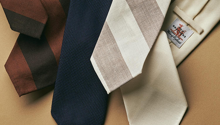 英国フランネルの雄「FOX」のサマーウールが、リングヂャケットのネクタイに!