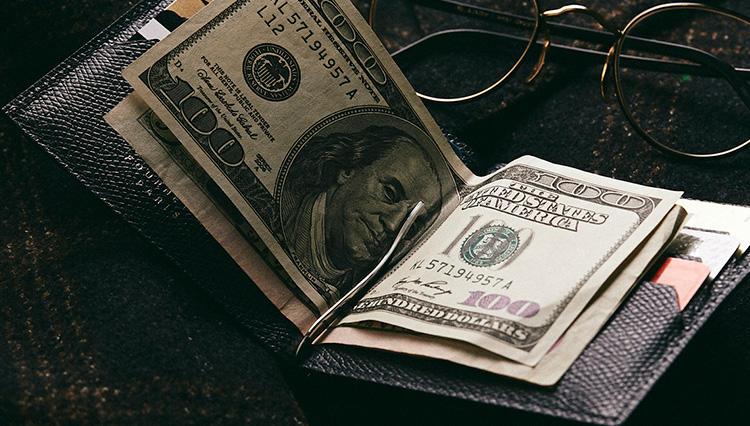 キャッシュレス派の最強財布は「クリップ付き札挟み」【2019春財布名鑑 #2】