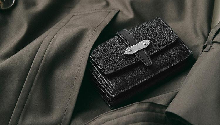 休日用やギフトに最適なのは、「○つ折り財布」!【2019春財布名鑑 #6】