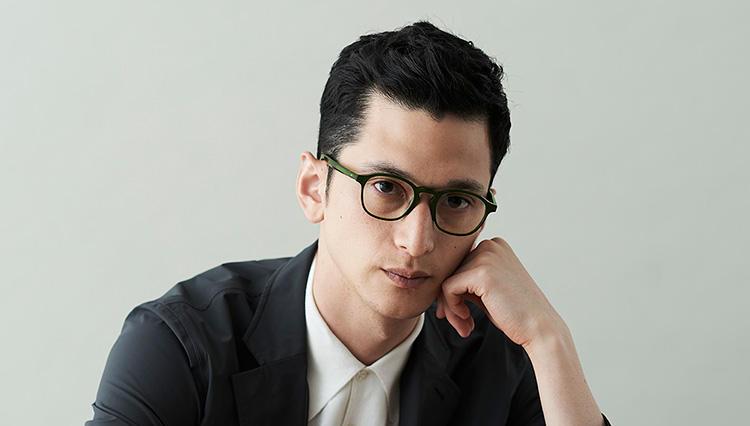 「軽快でクリエイティブな雰囲気」を出せるメガネはー?〔貴方に似合うメガネ教えます#5〕