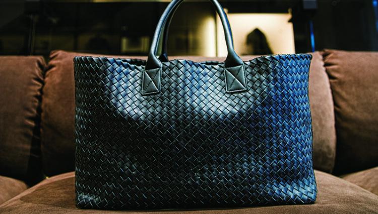 ボッテガ・ヴェネタのバッグ【傑作はこうして作られる】