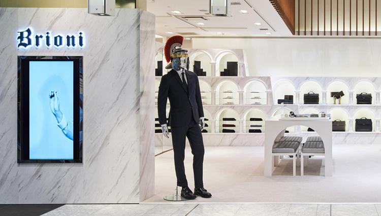 ブリオーニの新サービス「スマートビスポーク」イベントを伊勢丹新宿店メンズ館で開催