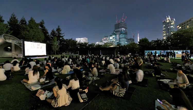 モエ・エ・シャンドンと映画を楽しむ 「モエ ミッドパーク シネマ」が開催