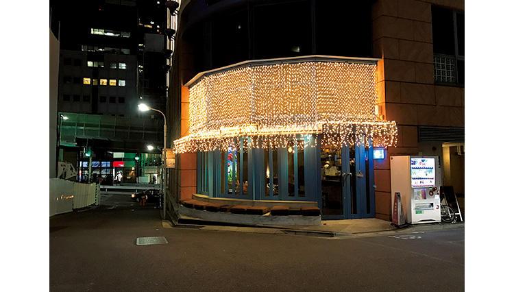 六本木に新たな夜カフェ「六本木カフェ」がオープン!