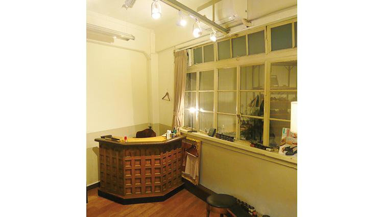 レザーケアブティック「クレパン」は靴磨き、革製品のケアのスペシャリスト