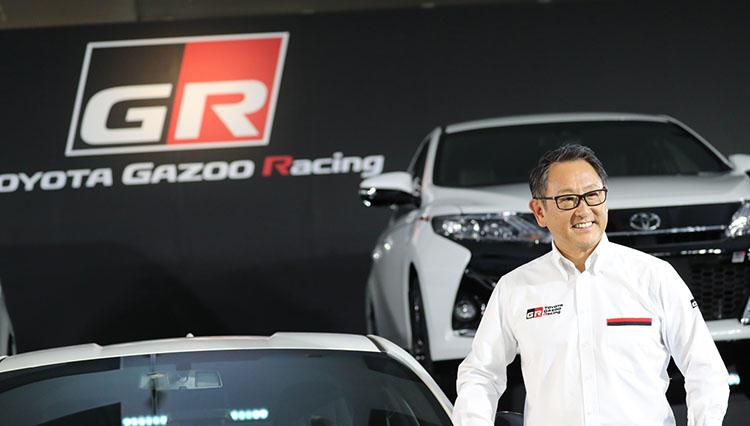 トヨタの新スポーツカーブランド「GR」誕生。デモ走行も披露した豊田章男社長の狙いは?