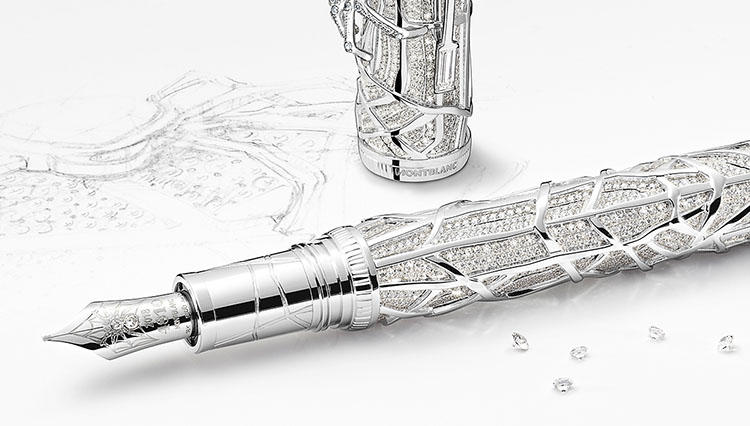 1本約2億円ナリ! これぞ宝飾芸術なモンブランの万年筆。でもなぜ蜘蛛モチーフなのか?