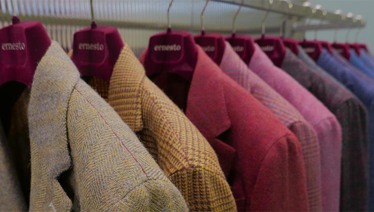 「エルネスト」のジャケットは、なぜこんなにも軽く、着心地が良いのか——?【Pitti Uomo Report vol.02】