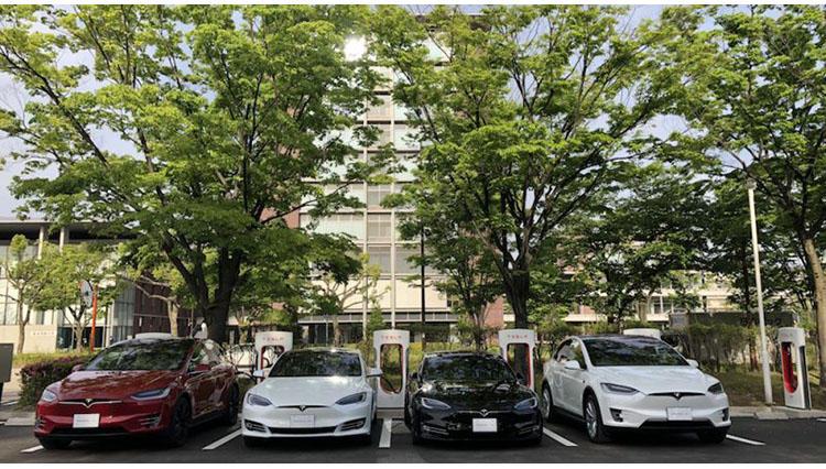 テスラ名古屋スーパーチャージャーステーションがオープン