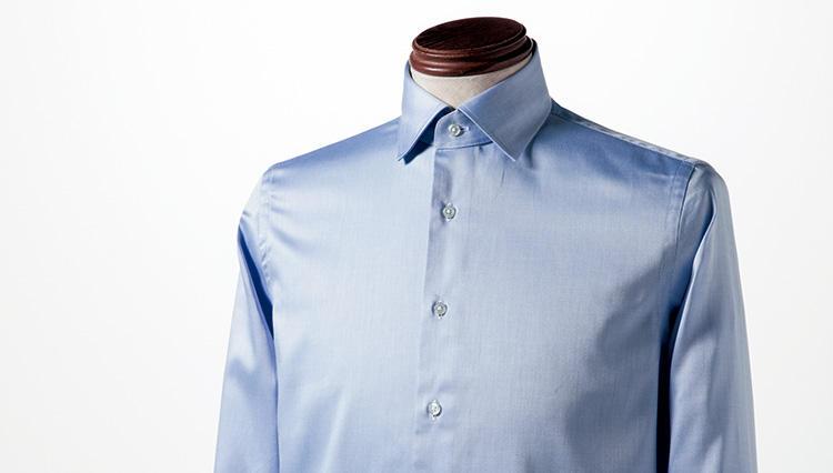 日本人の体型に合った仕立て、着心地でベストプライス – ナノ・ユニバースのスリムボディ・セミワイドカラーシャツ