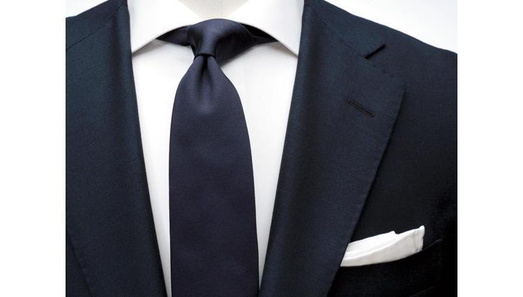 違和感のないスーツ×シャツ×タイの合わせ方