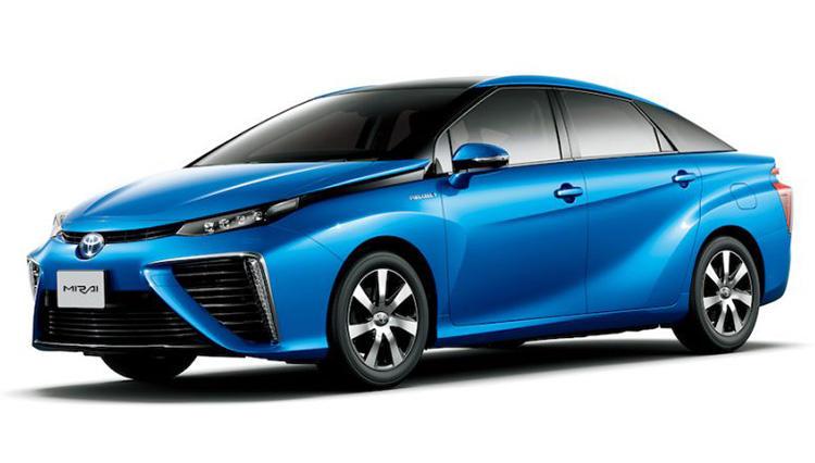 """トヨタの燃料電池自動車「MIRAI」がまたひとつ """"未来のクルマ"""" に近づいた!?"""