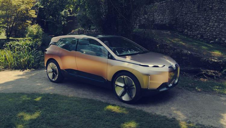 【続報】2021年には市販化!? 「BMW Vision iNEXT」の現実味