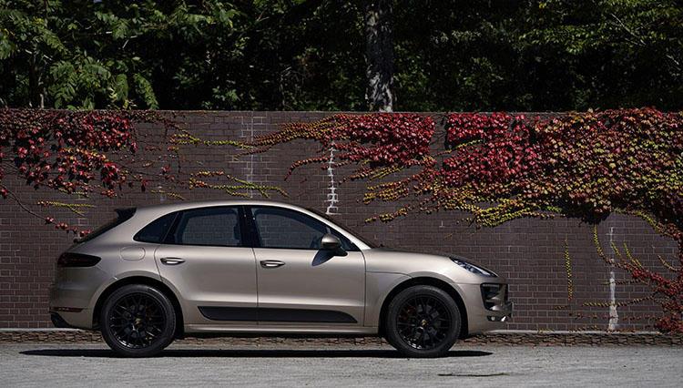 """ポルシェの""""4ドアスポーツカー""""人気SUV3台で福島を巡る【マカンGTS編】"""