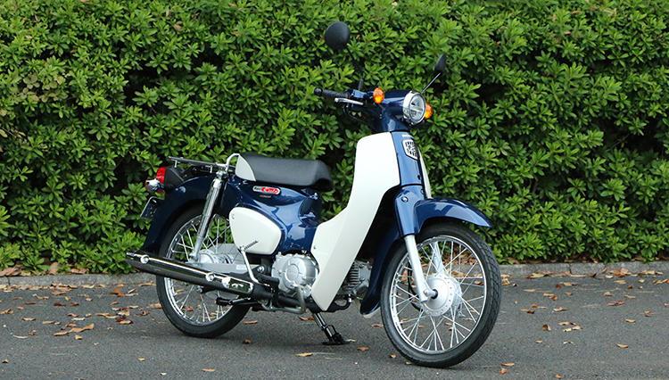日本が生んだ世界のスタンダードバイク「スーパーカブ」の新型は初代モデルに原点回帰