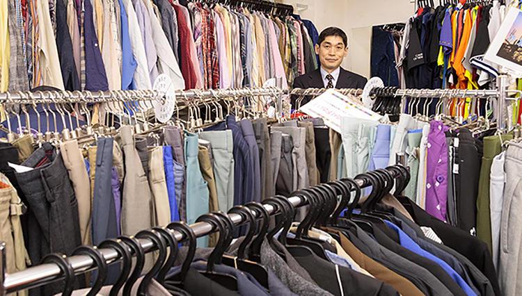 服飾評論家・池田哲也さんに密着! ファッションリサイクルからお宝は見つかるか?【前編】