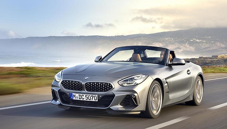 トヨタ・スープラとの共同開発の影響は? リアルスポーツカーを目指した新型BMW Z4は買いか?