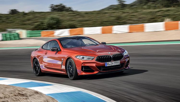 """凶暴な走りとともに""""復活""""した美しきスーパーカー、BMW 8に試乗!"""