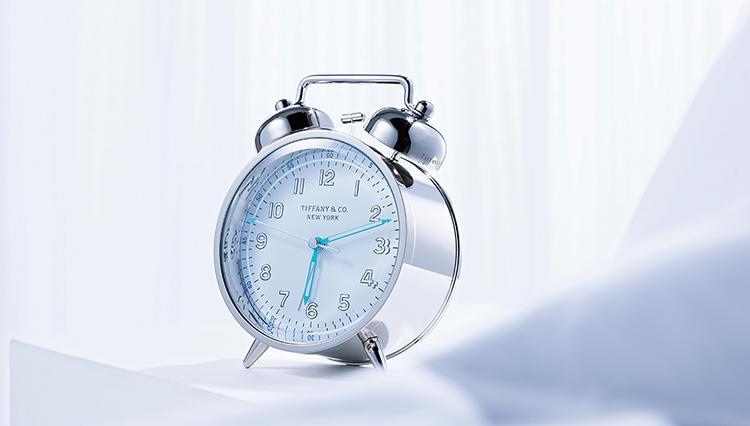 月曜の朝も超前向きになれる、ティファニーの目覚まし時計はいかが?