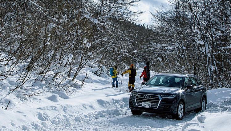 アウディ Q7とともに、バックカントリーでしか味わえない雪山を冒険!