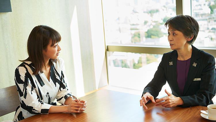 「グランド ハイアット 東京」コンシェルジュ阿部 佳さんが語る、プロ意識とは─?【加藤綾子/一流思考のヒント】