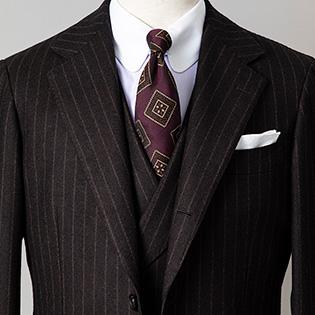 昼と夜、1着で見え方を変えるならどんなスーツ?【1分で出来るスーツのお洒落_ビームス編】