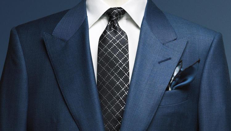 トム フォードのスーツが官能的に見えるのは、ラペルのカタチに秘密があったー【どうしても欲しいスーツ】