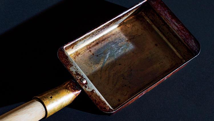 「卵焼き器」は、銅製だとなぜ美味しく作れるのか?
