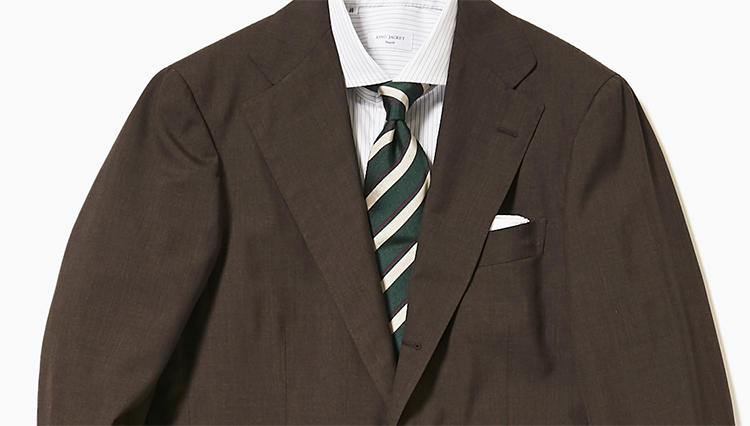 旬のブラウンスーツを、簡単にお洒落に見せるには?【スーツの着回し1週間チャレンジ!/リングヂャケット編#2】