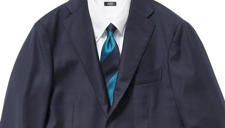 梅雨の時期、紺スーツを涼しく見せるコツ【スーツの着回し1週間チャレンジ!/グジ編#1】