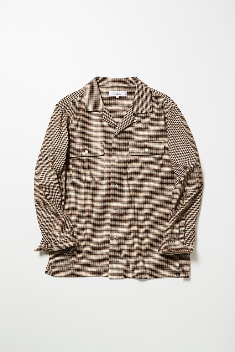 <p><strong>フリーマンズ スポーティング クラブ</strong><br />チェックのツイル生地を使用し、肩が落ちるようにオーバーサイズで仕立てたシャツは、チェックジャケット感覚で着回し可能。ゆったりとしたシルエットは、それだけでこなれた印象にも貢献する。1万8000円(フリーマンズ スポーティング クラブ 大丸心斎橋店)</p>