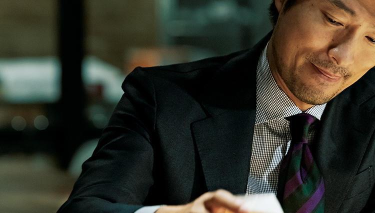 仕事で着る黒シャツ、こんな柄ならアリ!【火曜日の黒】
