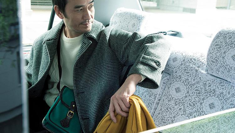 大人の休日鞄は、サコッシュ的に使えるコレが便利!【日曜日のトラッド鞄】