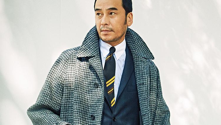 秋のツイードコート、スーツに合うサイズ感は?