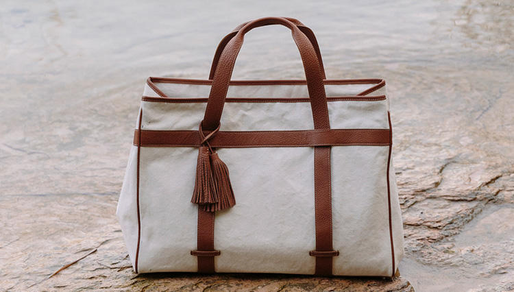 ON・OFFスタイルを格上げする大人のための鞄「アカーテ」の春夏新作が一堂に見られるチャンス!