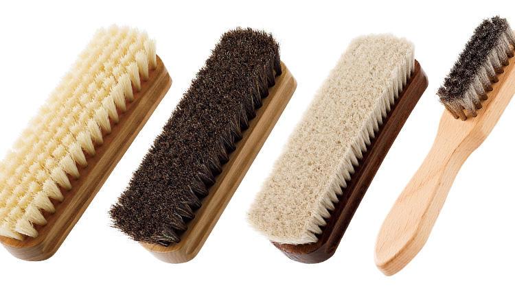 靴磨きのブラシ、きちんと使い分けていますか?【究極の靴磨き】