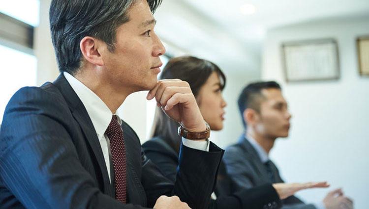 ビジネスの必須スキル「聴く力」を強化するコツとは?