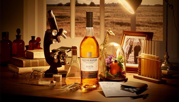 ツウ好みのウイスキー「グレンモーレンジィ」の最高蒸留・製造責任者に聞いた!  希少な限定品「アルタ」誕生の秘密とは?