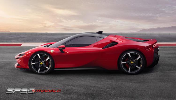 フェラーリ初のPHEV「SF90ストラダーレ」、遂に発表された圧倒的スペックとは?