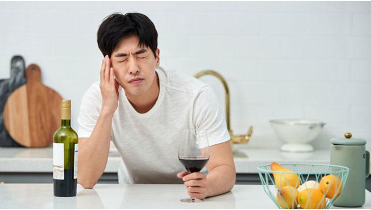 「肝臓のために1週間の断酒」は正しいか?【酒飲み必見】