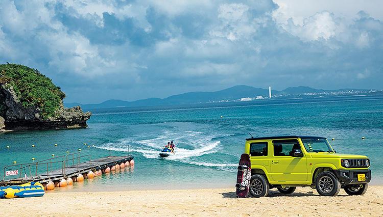 スズキ ジムニーで沖縄・伊計島の穴場ビーチへ。マリンジェットを満喫してきた