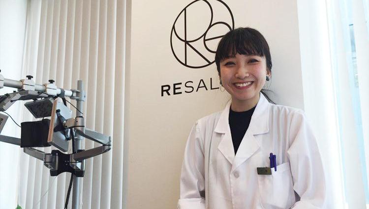 男性美容研究家・藤村 岳さんが最新の育毛サロンを実際に体験してみた