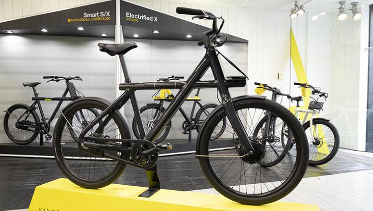 オランダ発のスマートバイク「バンムーフ」の最新モデル。その実力は?
